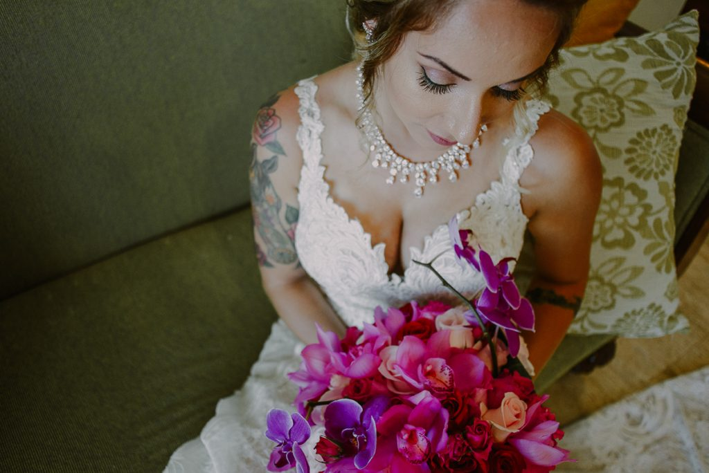 Boho beach bride portraits at Now Sapphire Wedding in Mexico. Caro Navarro Photography