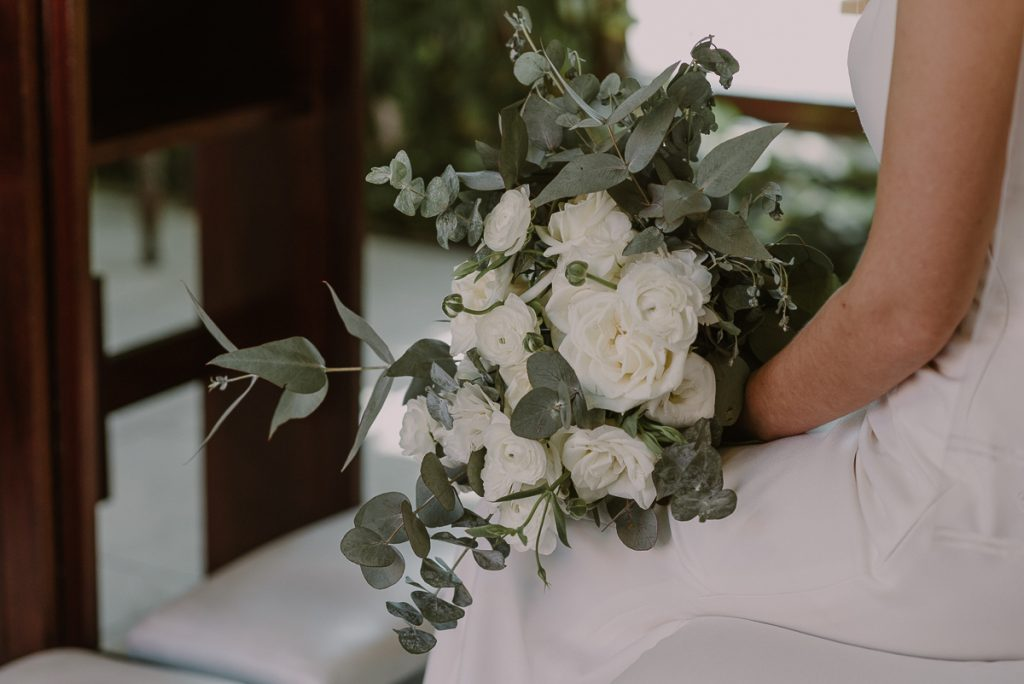 Bridal bouquet details by Caro Navarro Playa del Carmen Wedding Photography