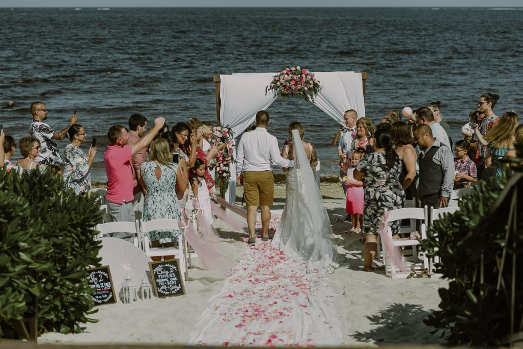 Now Sapphire Riviera Cancun Beach wedding by Caro Navarro Photography