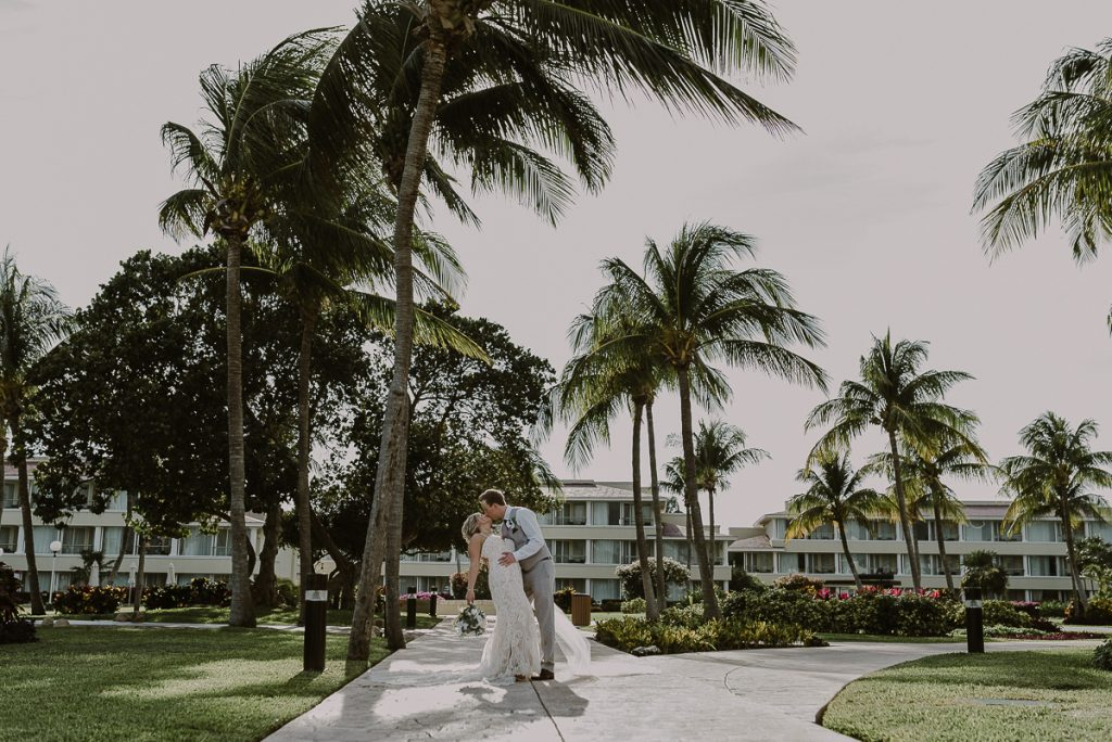 Moon Palace Nizuc Cancun Wedding by Caro Navarro Photography