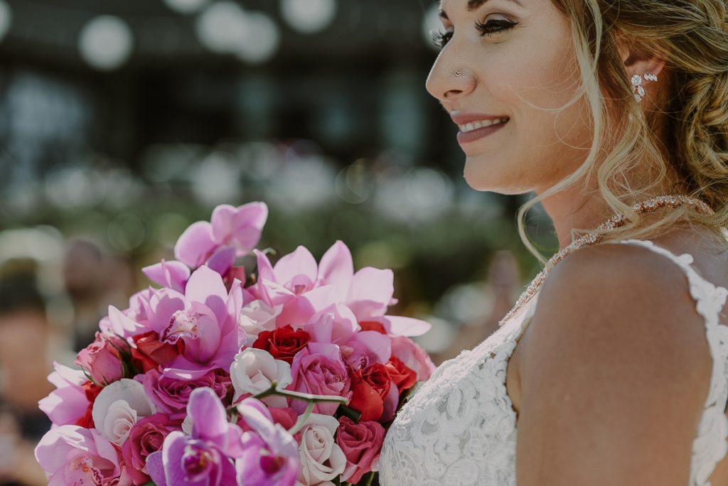 Bride at Now Sapphire Riviera Cancun Beach wedding. Caro Navarro Photography