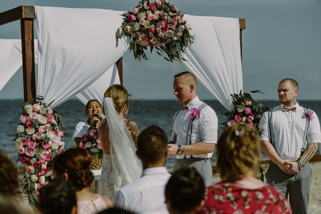 Destination wedding at Now Sapphire Riviera Cancun, Mexico. Caro Navarro Photography
