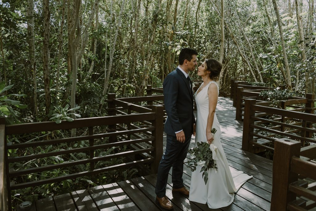 Bride and groom portraits at Banyan Tree Mayakoba, Mexico. Caro Navarro Photography