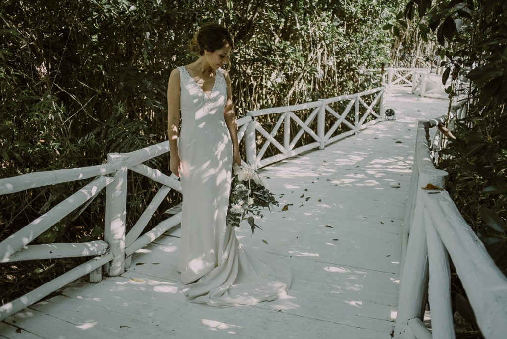Boho bride portraits at Banyan Tree Mayakoba, Mexico by Caro Navarro Photography