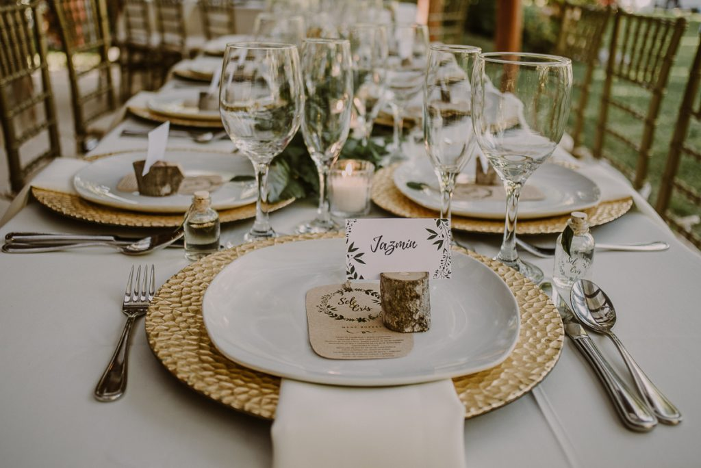 Boho wedding reception table at Playa del Carmen Garden Wedding. Caro Navarro Photography
