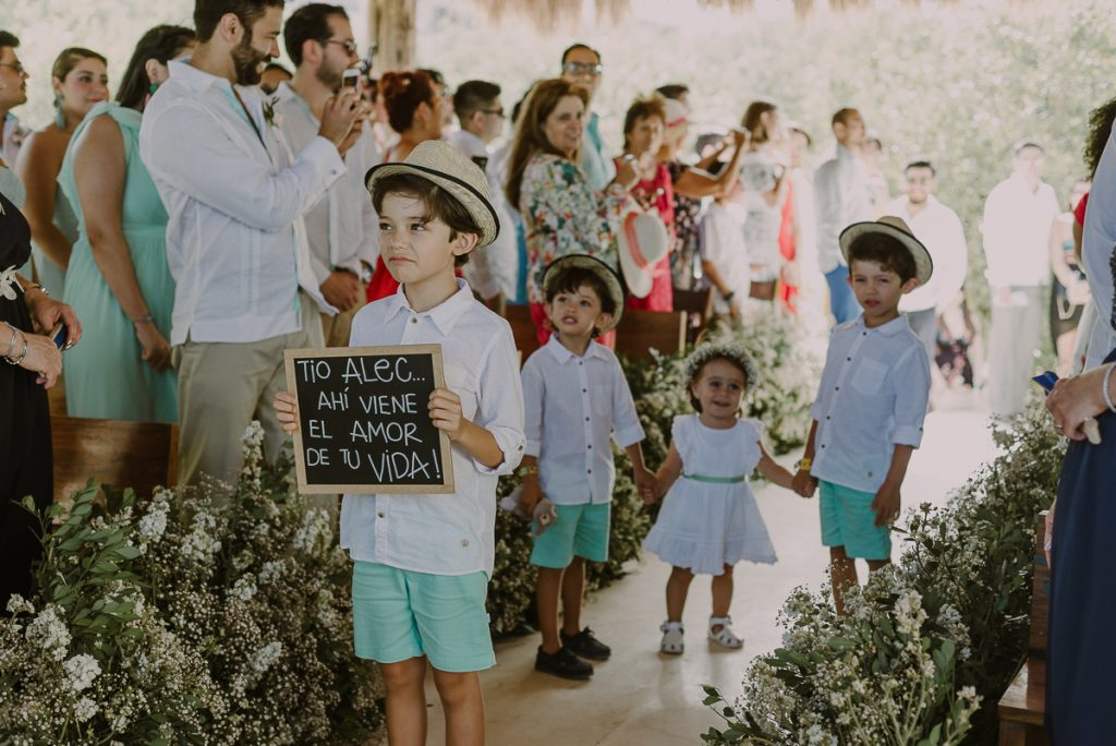 Kids at Jardin del Mar Destination Wedding, Riviera Maya, Mexico. Caro Navarro Photography
