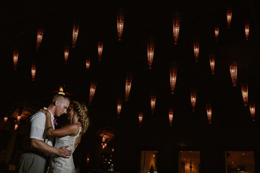 Bride and groom portraits at night. Now Sapphire Wedding by Caro Navarro Photography