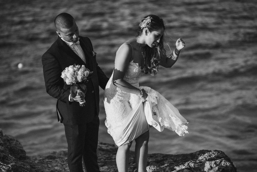 Bride and groom beach portraits. Riu Cancun destination wedding by Caro Navarro Photography