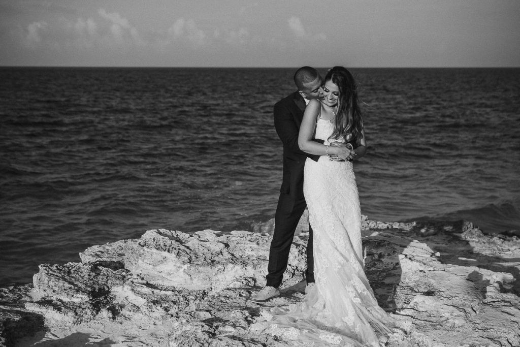 Bride and groom black and white portraits. Riu Caribe destination wedding by Caro Navarro Photography