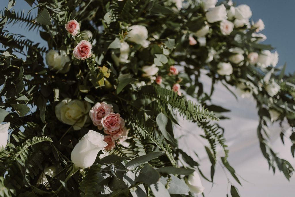 Wedding flowers for a Royalton Riviera Cancun Beach Wedding by Caro Navarro Photography