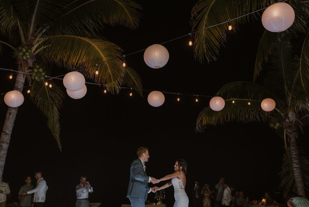Bride and groom first dance. Royalton Riviera Cancun beach wedding reception. Caro Navarro Photography