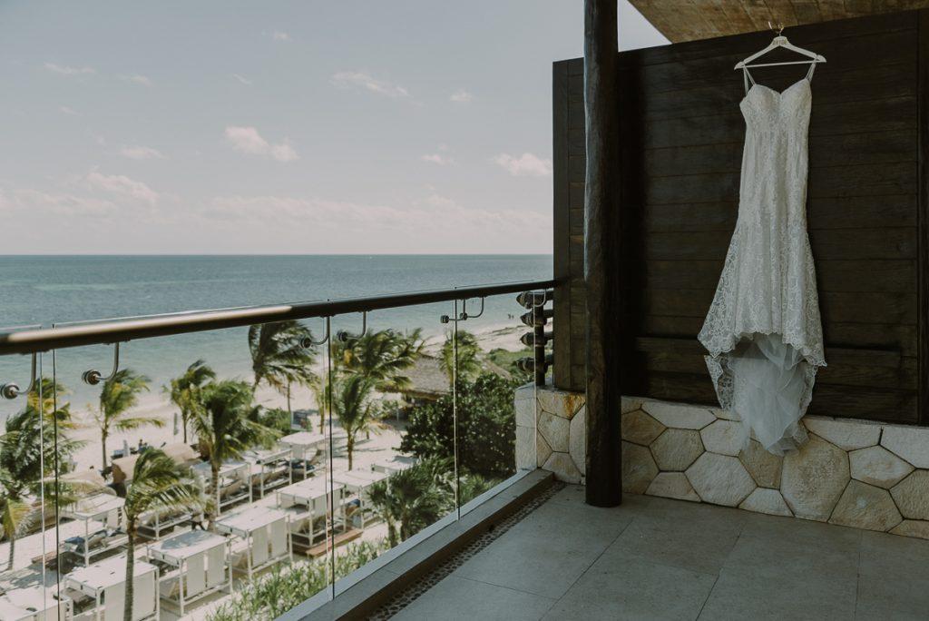 Wedding dress at Royalton Riviera Cancun, Mexico. Caro Navarro Photography