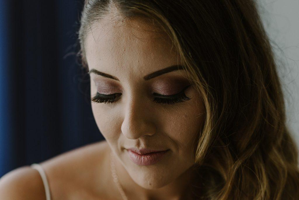 Bridal portrait at Riu Caribe Cancun Wedding by Caro Navarro Photography