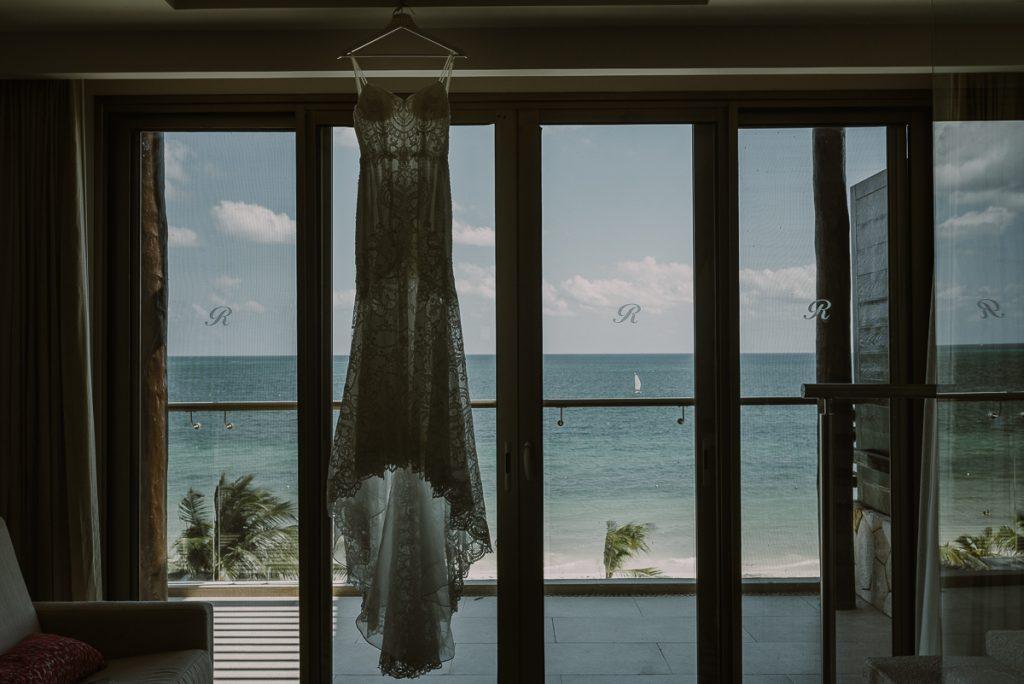 Wedding dress with lace at Royalton Riviera Cancun Wedding. Caro Navarro Photography