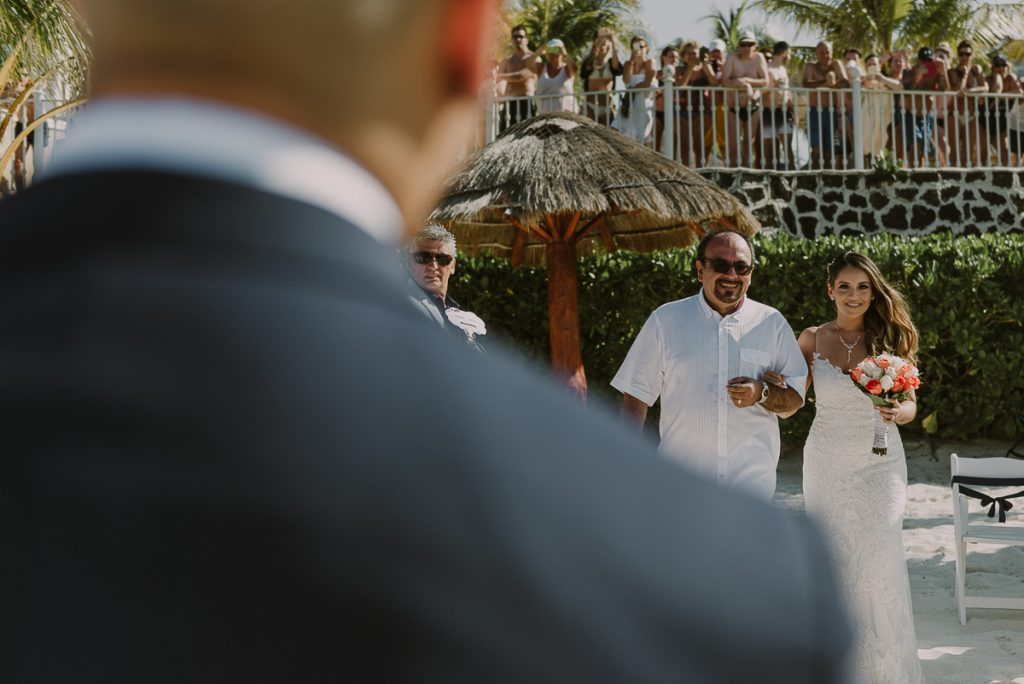 Here comes the bride. Riu Caribe Cancun Wedding by Caro Navarro Photography