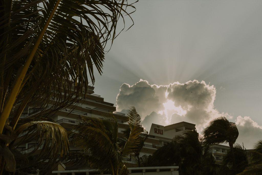 Sunset at Riu Caribe Cancun destination wedding by Caro Navarro Photography
